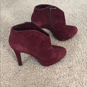 EUC Jessica Simpson Red Suede Booties